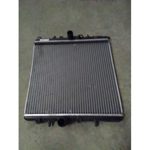 PEUGEOT 206 radiateur